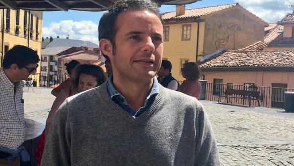 26M.-Oviedo.- Cuesta (Cs) cree esencial 'revertir la parálisis y la falta de actividad' del Ayuntamiento