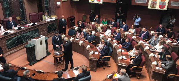 Sesión constitutiva de la Asamblea Regional