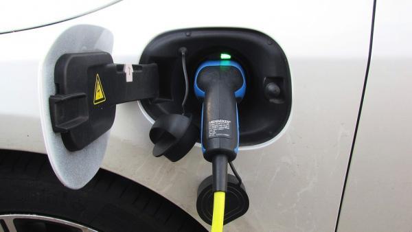 Las cuatro debilidades de los coches eléctricos