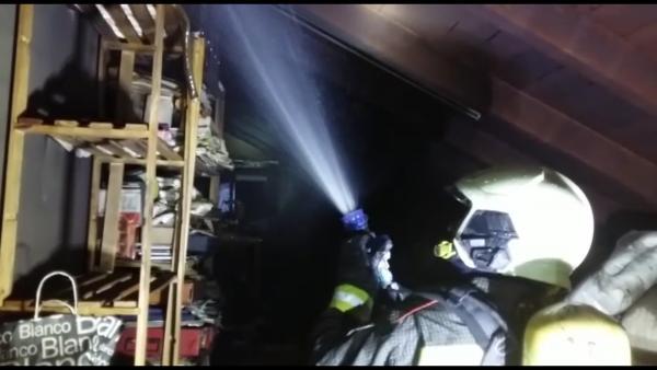 Extinguidos sendos incendios en viviendas de San Vicente y Gama
