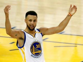 9- STEPHEN CURRY