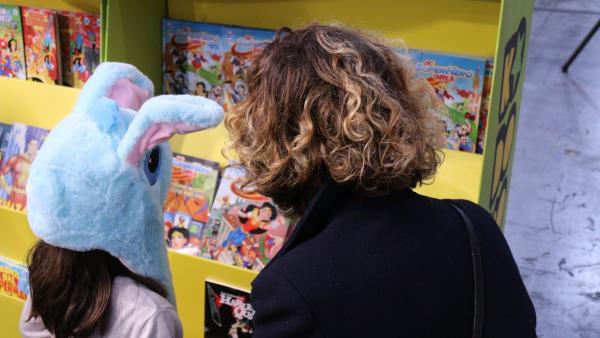 Madre e hija en el salón Comic Barcelona 2019.