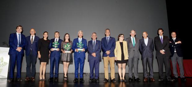 Rosa Blanco, Enrique Arriola y Juan de Miguel, IV Premios Emprendedores Cantabria