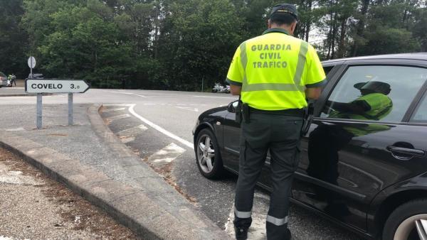 Interceptado un vecino de Covelo (Pontevedra) ebrio al volante dos veces en la misma tarde