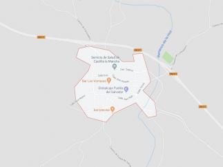 Sucesos.- El vuelco de un camión corta la CM-211 y deja herido a su conductor, que es trasladado al hospital de Cuenca