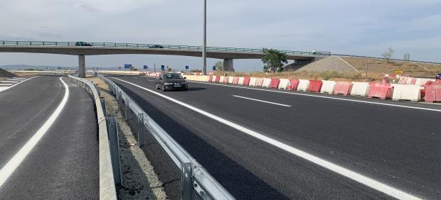 Sevilla.- Un total de 22 ofertas pujan por el contrato de obras del viaducto de Pago de Enmedio