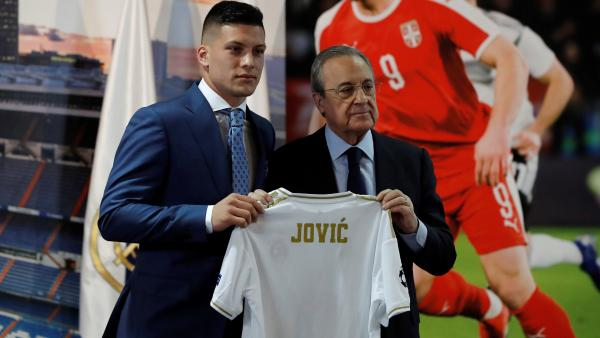 El Real Madrid presenta a Luka Jovic