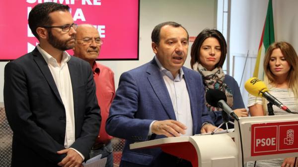 Málaga.- El PSOE de Málaga critica que el presupuesto de la Junta 'abre la puerta a la privatización' de la educación