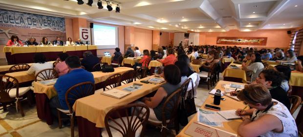 Granada.- La Escuela de Verano de Diputación inicia su actividad formativa para 250 profesionales de Servicios Sociales