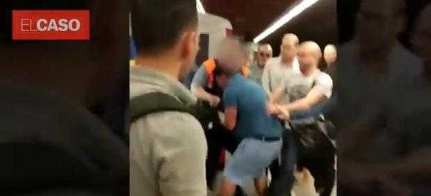 Agresión a un carterista en el metro de Barcelona