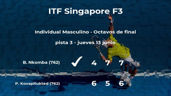 Benard Bruno Nkomba da la sorpresa en los octavos de final del torneo de Singapur al vencer a Palaphoom Kovapitukted