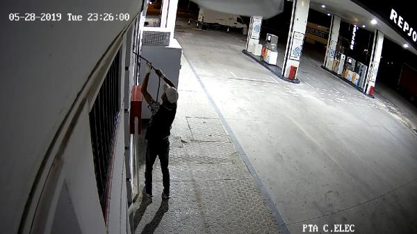 Sevilla.- Sucesos.- Detenida una persona acusada de cometer varios robos de cable de cobre en un polígono de Estepa