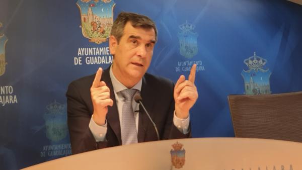 Antonio Román en rueda de prensa