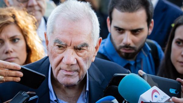 Maragall lamenta que Colau pueda aceptar 'los votos de la vergüenza' para ser alcaldesa.