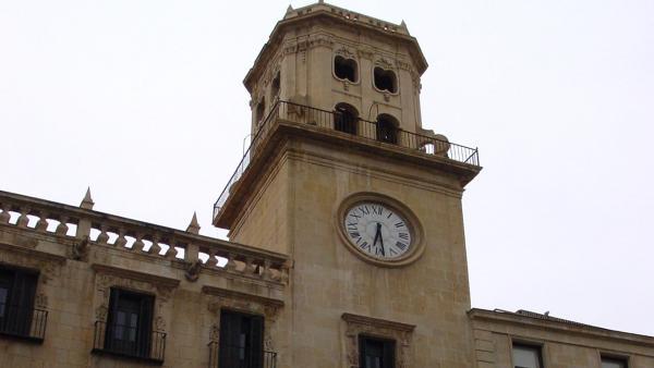 Alicante.- Barcala apela a la 'responsabilidad' de los grupos para aprobar definitivamente los presupuestos el martes