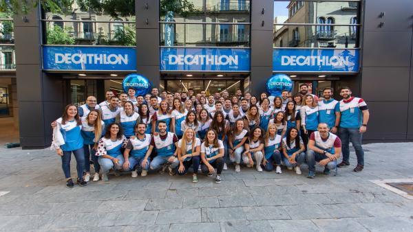 Sevilla.- Decathlon eleva a 5 sus tiendas en la provincia abriendo su primera de gran formato en el centro de la capital
