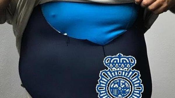 Málaga.- Sucesos.- Detenidos dos hermanos por robar botellas de champagne que ocultaban en un maillot de ciclismo