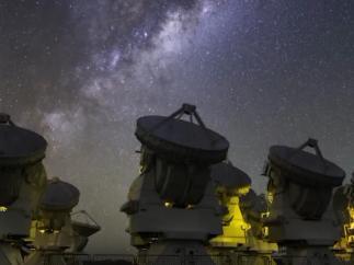 Hubble observa la presencia de una galaxia enana estelar
