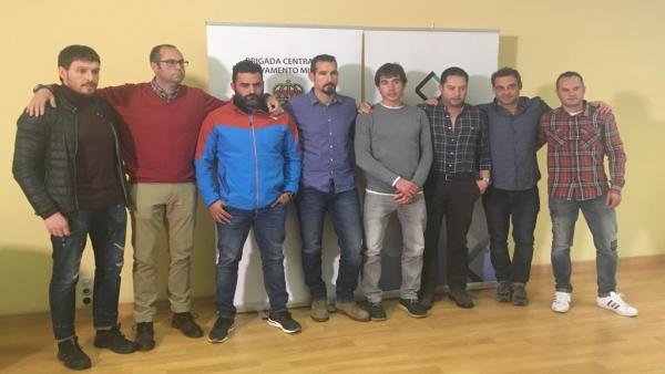 El Presidente de Andalucía muestra el apoyo de la Junta a la candidatura de la Brigada Minera al Premio Princesa