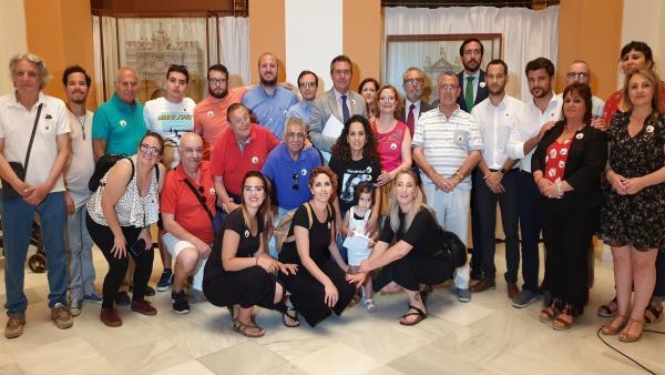 Sevilla.- Ayuntamiento celebra el Día de las Personas Sordas con la puesta en valor de las lenguas de signos