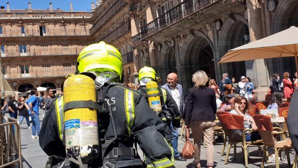 VÍDEO: Suc.- Desalojado el Ayuntamiento de Salamanca al saltar la alarma contra incendios