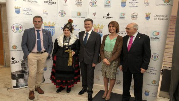 El Centro Segoviano de Valladolid reúne 400 personas para celebrar su centenario con el relevo generacional como reto