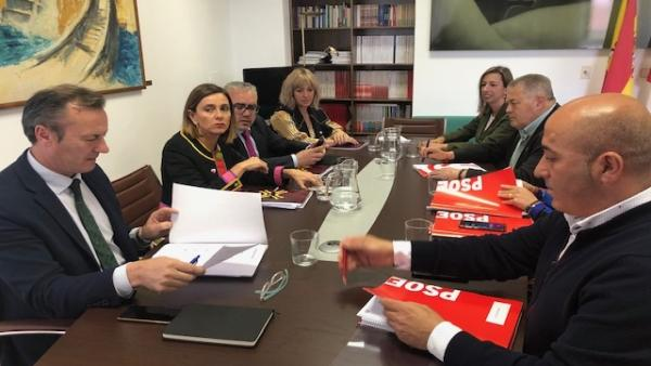 PRC y PSOE retoman negociaciones para pacto de Gobierno, que van 'a buen paso' pero sin garantías de acabar hoy