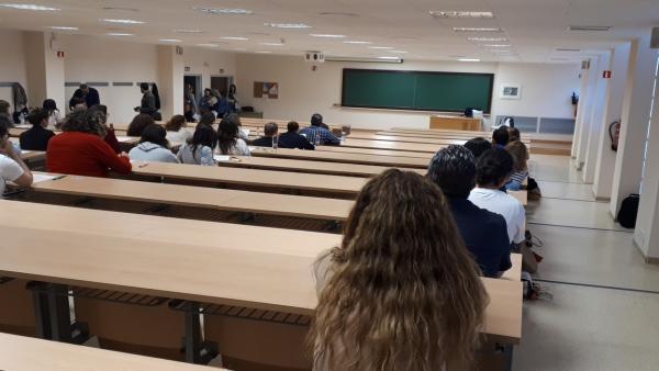 Granada.- Educación.- Las pruebas del Graduado en ESO para mayores de 18 años se celebran este sábado con 842 inscritos