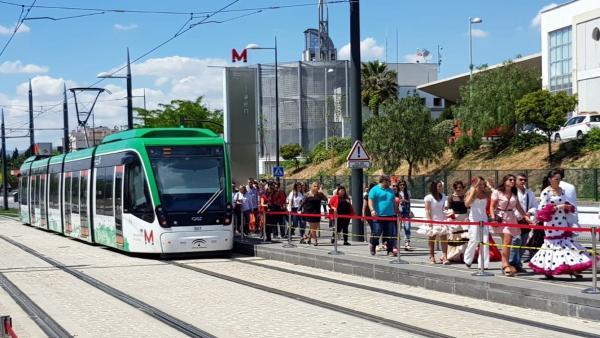 Granada.- El Metro prestará cinco días de servicio ininterrumpido por el Corpus