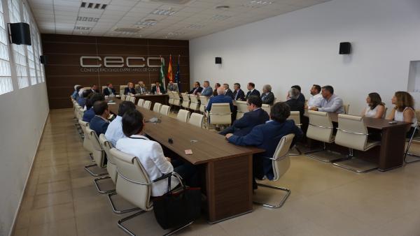 Córdoba.- Economía.- El consejero de Economía se reúne con más de 30 empresas cordobesas en CECO