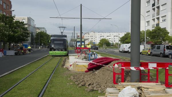 La parada del tranvía de Angulema en Vitoria se cerrará la segunda parte de agosto por obras