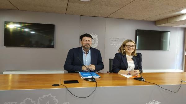 PP i Cs tanquen un doble acord i governaran els pròxims quatre anys l'Ajuntament i Diputació d'Alacant