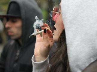 Fumando un porro