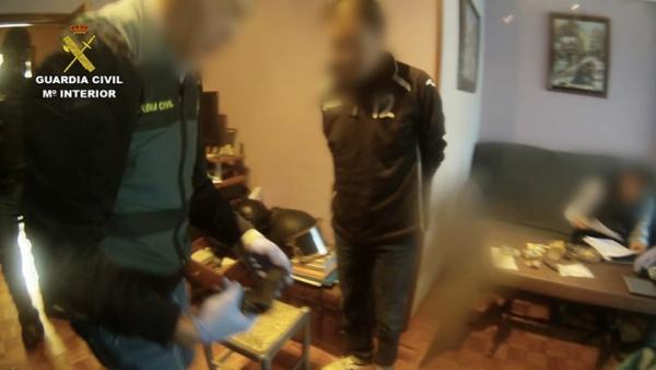 La Guardia Civil desarticula una organización dedicada al tráfico de hachís con destino a Cantabria, Francia e Italia