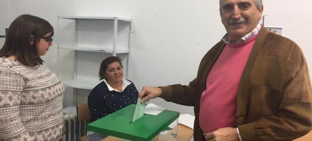 Cádiz.-26M.- Chipiona será gobernada por cuatro concejales de UxCH y 13 en la oposición