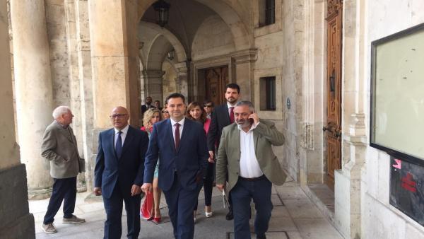 AV.- El PSOE se hace con la Alcaldía de Burgos por mayoría simple con el respaldo de Podemos