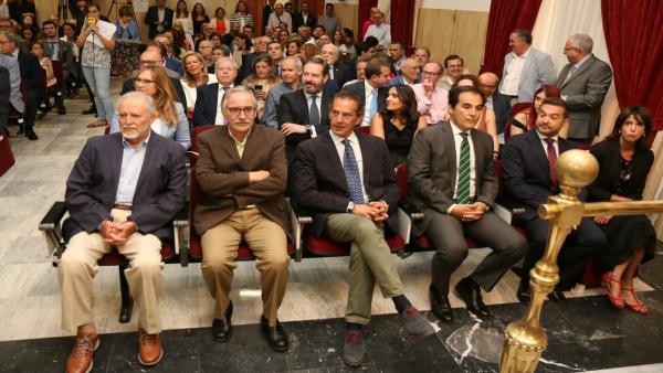 Córdoba.- 26M.- CCOO y UGT abandonan el Pleno de Constitución de la capital al considerarse 'ninguneados'