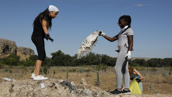Más de 80 Héroes 'Libera' han liberado de basuraleza 4 espacios naturales de La Rioja