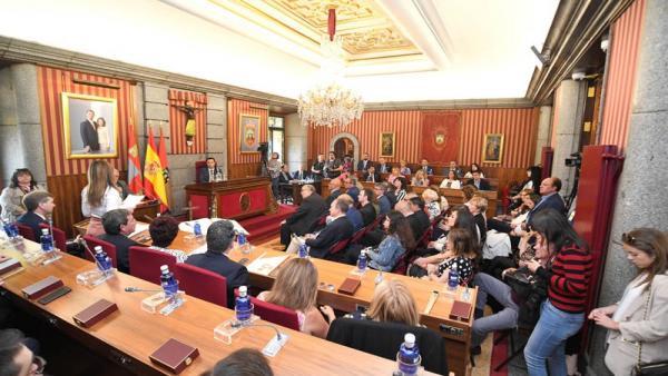 Burgos burla el pacto entre PP y Cs, Palencia se somete y Ávila, Salamanca, Soria, Valladolid y Zamora cumplen el guion