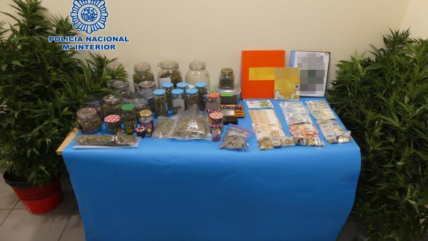 Sucesos.- Detienen a los responsables de tres clubs de cannabis en Telde (Gran Canaria)