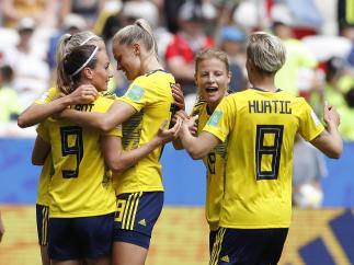 La selección sueca celebra un gol en el Mundial