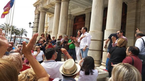PP, PSOE y Cs acusan a José López (MC) de 'incitar al odio' y 'llamar a la violencia' con su discurso de este domingo