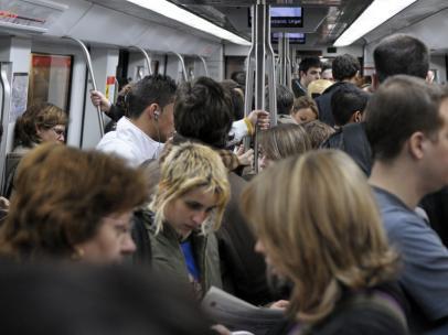 El segundo paro de la huelga del Metro termina sin necesidad de regular el pasaje
