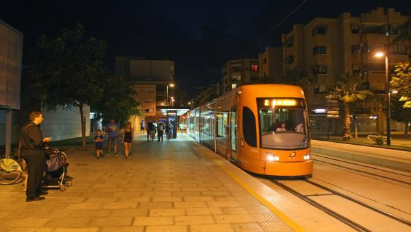 Alicante.- El TRAM tendrá servicio ininterrumpido del 20 al 24 de junio con motivo de las Fogueres