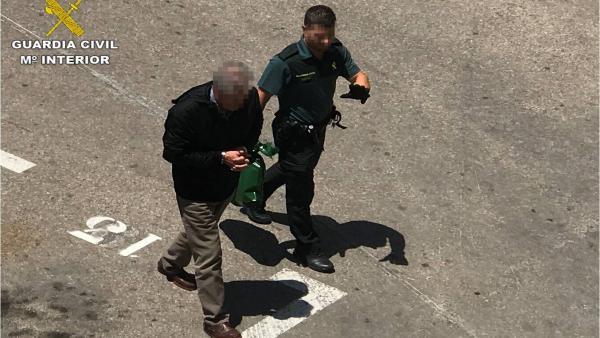 Alicante.- Sucesos.- Detenido un hombre por intentar matar a su propio hijo por 'viejas rencillas familiares'