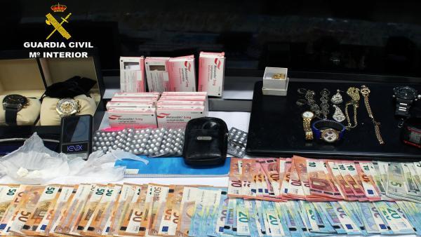 Sucesos.- La Guardia Civil desmantela en Murcia un activo punto de venta de droga