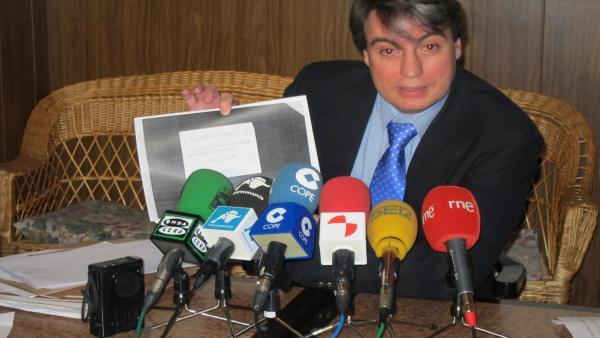 El Investigador Policarpo Sánchez En Un Encuentro Con Los Medios De Salamanca