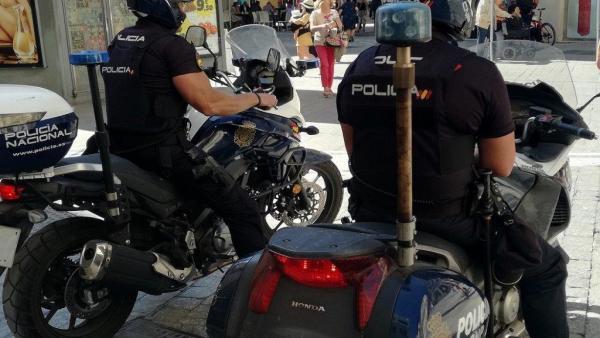 VÍDEO: Sevilla.- Sucesos.- Detenido en Coria un hombre buscado por la Interpol por degollar a un hombre en México