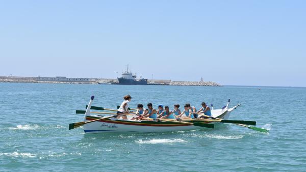 Málaga.- Más de 300 menores participan en la práctica final de los talleres de remo de la Diputación de Málaga