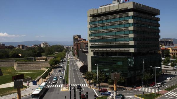 La avenida del Ejército de Pamplona pasa este lunes a denominarse oficialmente avenida de Catalina de Foix